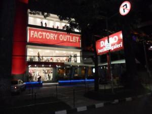 FActory Outlet Dago BAndung (HCS)
