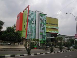 The Groove - Jl. Soekarno Hatta ( Pile )