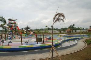 Water Boom Tasikmalaya - Panel pagar